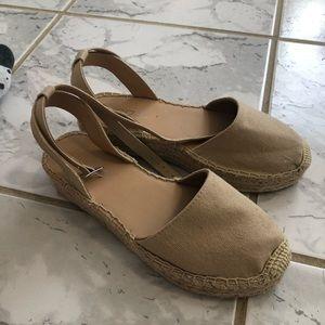 Size 6 Soda espadrille sandals WORN ONCE